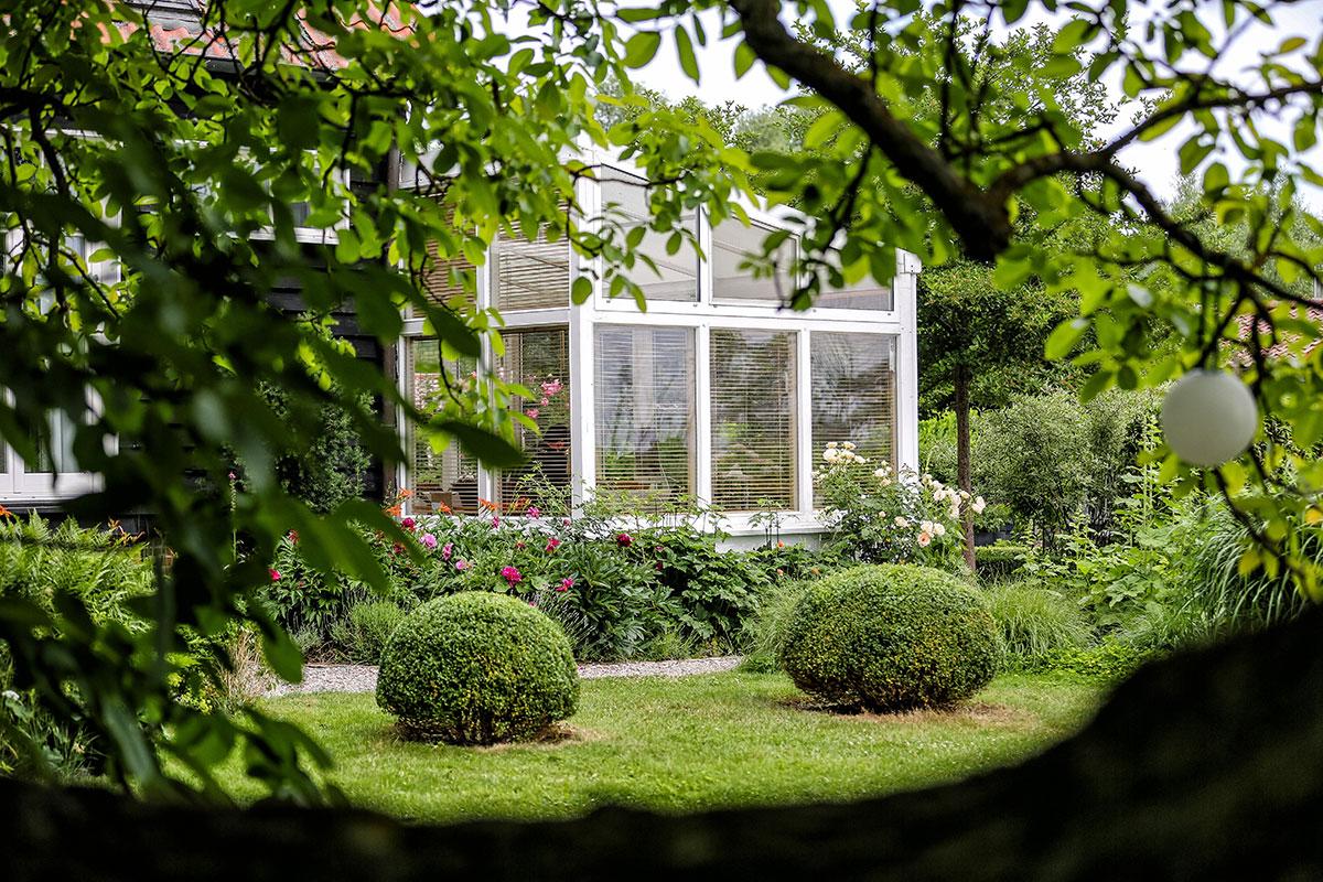 01-Landhaus-Gartenambiente-2958